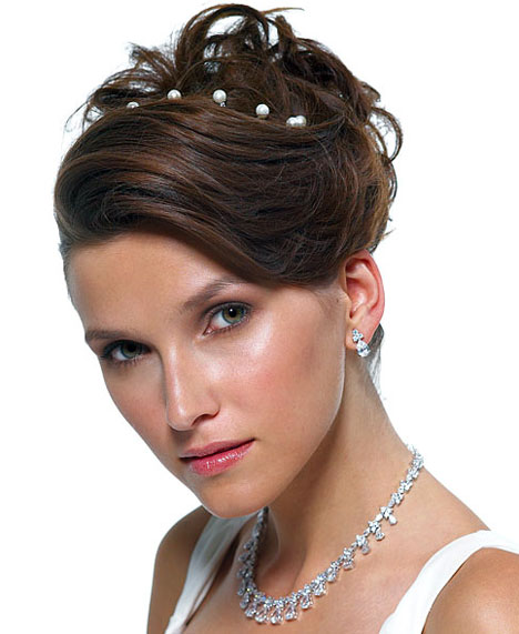 Bride Hair With Tiara. 22/Bridal-Hair-Accessories