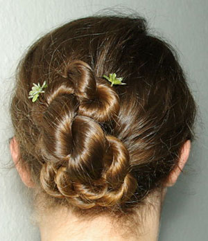 wedding hairstyle: Rope braid, forming a bun