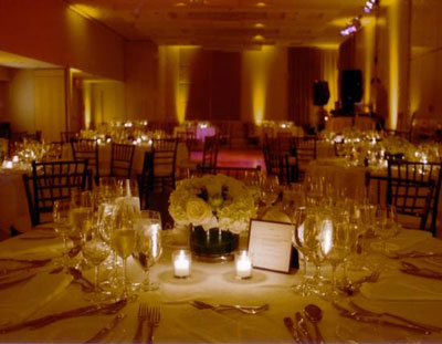 White wedding reception photo Julie Gagnon Montr al