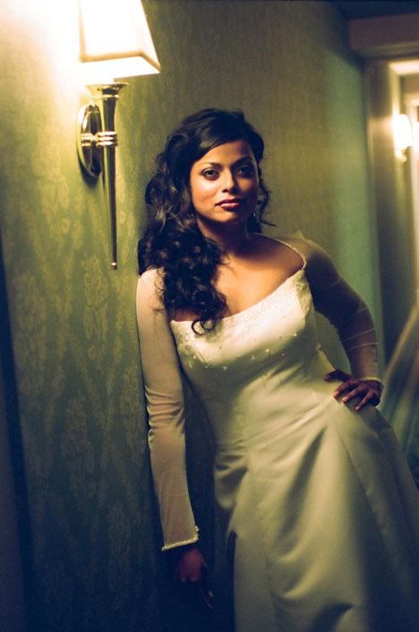 Candid bride: Tobyn Ross Photo