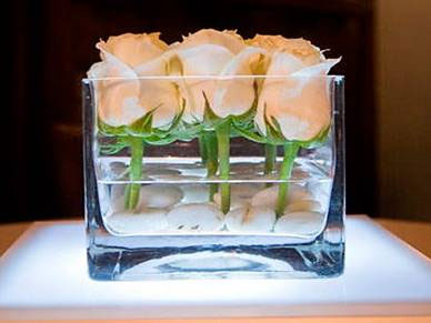 10 big reception ideas for a small budget - Small table centerpiece ideas ...