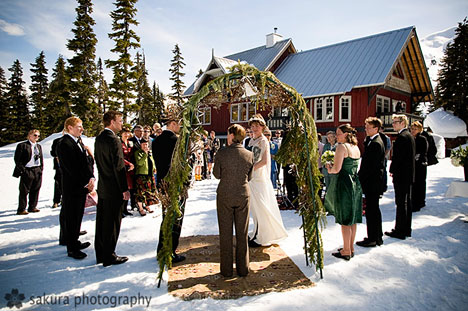 Sandra & Scott's real canadian winter wedding ceremony