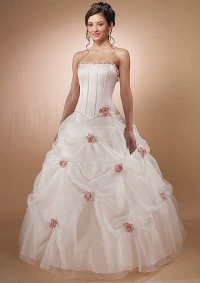 Alvina Valenti wedding dress