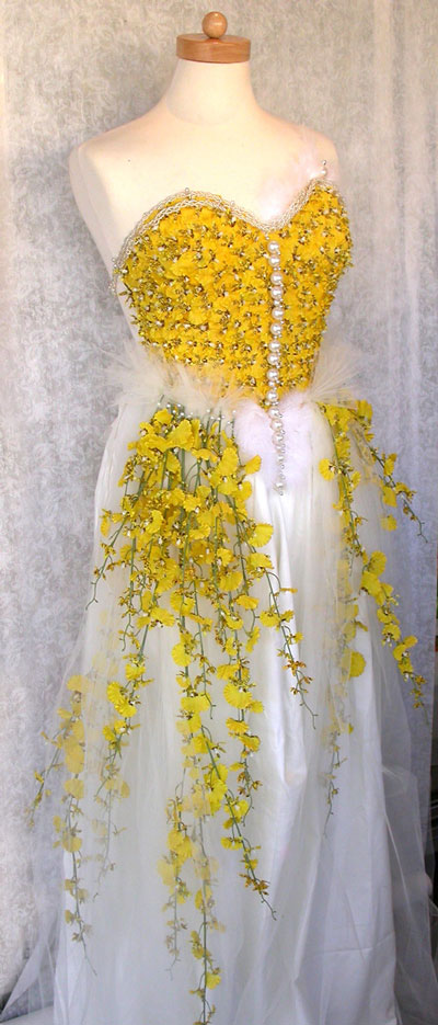wedding dress with flowers!