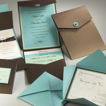 Custom wedding invitation by Creative Expressions in Montreal