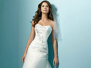 Alfred Angelo sweetheart wedding dress, #1137