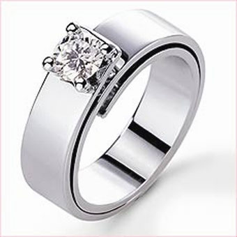 Overlapping-band wedding ring