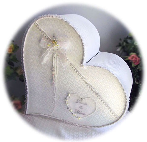 single-heart wedding money box