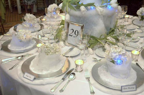 winter wedding table decoration