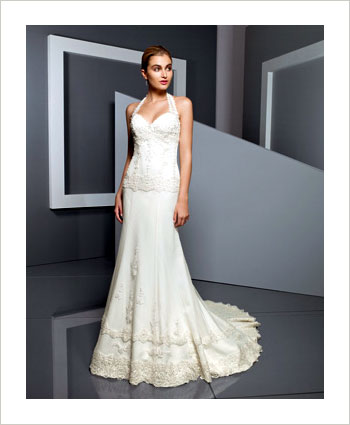 Bride Ca What S The Deal On Wedding Gown Rentals